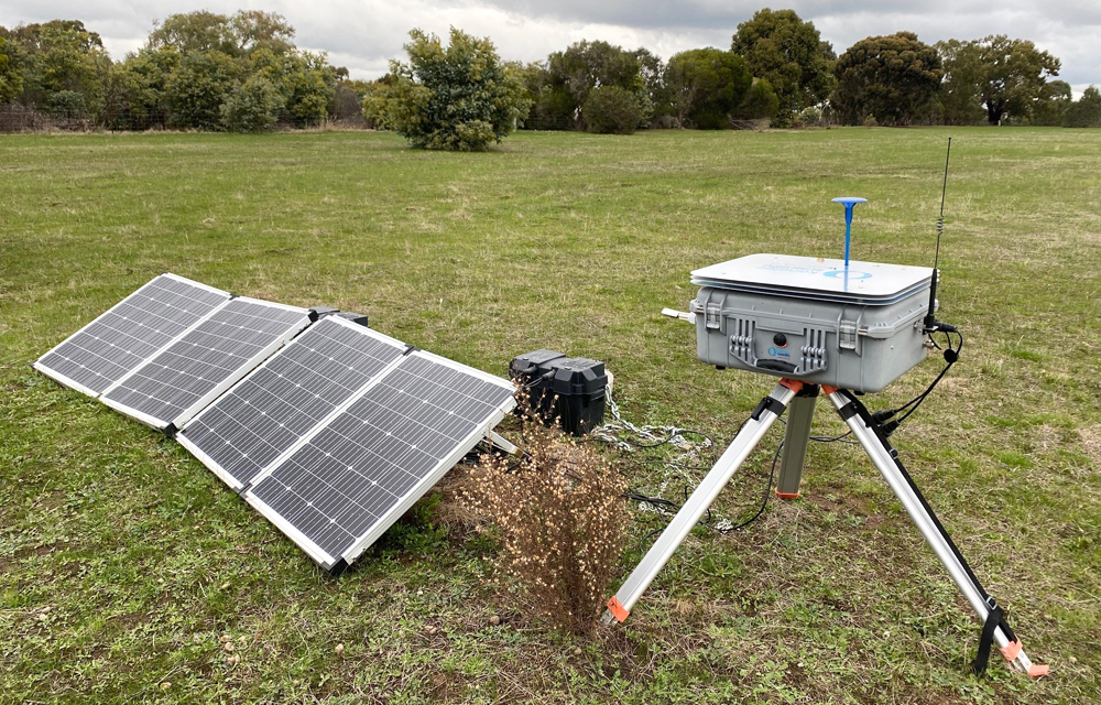 DustTrak system and solar panels